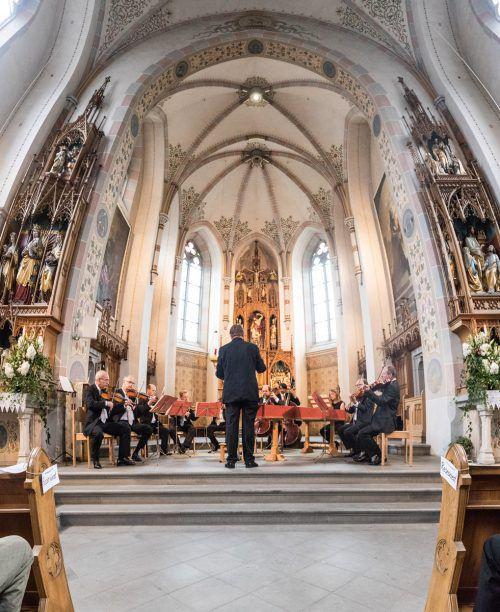 Symphoniker-Ensemble in der Kirche Schwarzach.Foto:sams