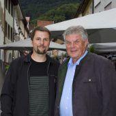 "<p class=""caption"">Thomas Theurer (l.) und Stadtchef Mandi Katzenmayer.</p>"