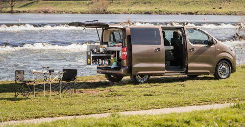 Toyota bietet für den Proace Verso ein Camping-Zubehör-Programm.