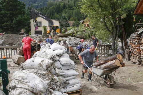 Überschwemmungen und Murenabgänge haben in Oberwölz in der Nacht auf Montag schwere Schäden verursacht. Foto: APA