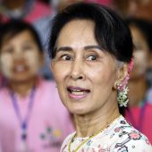 Tausende Rohingya fliehen vor Gewalt