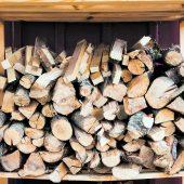 So lagern Sie Brennholz richtig