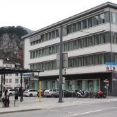 Einst und Jetzt. Sparkassengebäude in Feldkirch