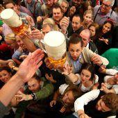 Trotz Regen 600.000 Besucher beim Wiesn-Auftakt