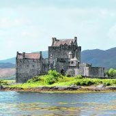Eilean Donan Castle bei Dornie