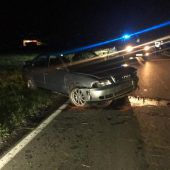 Drei Verletzte – Fahrer geflüchtet
