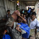 Mindestens 22 Tote bei Massenpanik in Mumbai