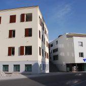 Bank und Zahnarzt ins Alpina-Areal eingezogen