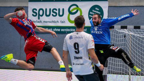 Goalie Golub Doknic ließ in der Finalserie mehrfach seine Klasse aufblitzen. Eine Topleistung des 36-jährigen Montenegriners wäre die halbe Miete für einen Sieg bei den Fivers. gepa