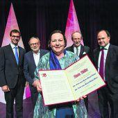 Maria Müller mit Russ-Preis geehrt