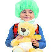 Mit Teddys im Spital