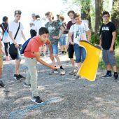 Finnisches Dorf: Höchst lädt zum Rheindelta-Stiefelcup