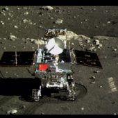 Der Drache auf dem Mond