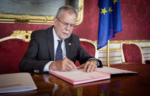 Bundespräsident Van der Bellen beurkundete im Juli die vorzeitigeBeendigung der Gesetzgebungsperiode. Jetzt muss er den Auftrag zur Regierungsbildung erteilen.