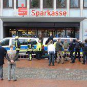 Aggressive Wildschweine verletzen Menschen in Innenstadt