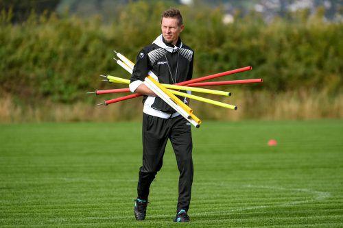 Ob Austria-Trainer Gernot Plassnegger nun tatsächlich in den UEFA-Pro-Lizenz-Kurs aufgenommen wird, entscheidet sich erst am 30. April.vn/lerch