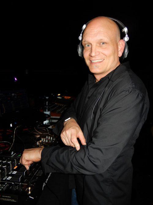 Marcus Christof alias DJ MC Mode ist seit seiner Jugend eingefleischter Depeche-Mode-Fan.cth