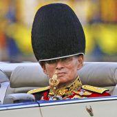 Beerdigung von König Bhumibol stellt Thailand auf den Kopf