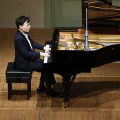Pianist gelingt mit Schubert Halsbrecherisches