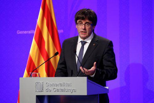 Regionalregierungschef Puigdemont forderte Ministerpräsident Rajoy in seinem Schreiben erneut zu einem Dialog auf. reuters