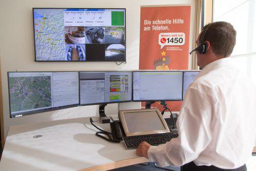 Bei der Gesundheitshotline laufen die Telefone heiß. Die Beratungen durch Fachleute sind immer mehr gefragt. vn