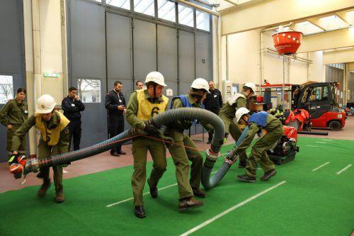 Aufgaben und Einsatz einer Löschgruppe wurden nicht nur theoretisch, sondern auch in der Praxis geprüft. Landesfeuerwehrverband