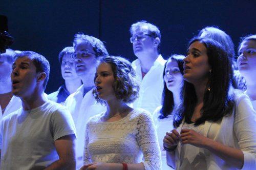 Bei SingRing wird mit viel Freude und großem Einsatz musiziert. SINGRING