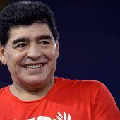 Maradona kickte mit Venezuelas Präsident
