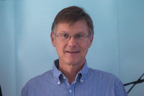 ÄK-Präsident Michael Jonas ist verärgert über das, was in Sachen Kassenfusion passiert. vn/steurer