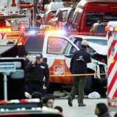 Mindestens acht Tote und zwölf Verletzte bei Terrorakt in New York an Halloween. A2