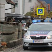 Polizist schoss vier Mal auf Angreifer. B1