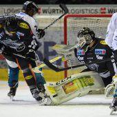 Zwei Punkte für Dornbirn bei 3:2-Sieg im Penaltyschießen gegen Linz. C1