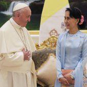 Papst spricht Rohingya-Krise bei Treffen mit Suu Kyi in Myanmar nicht direkt an. A2