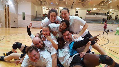 Viel Spaß haben die zahlreichen Teilnehmer beim Benefizhandball in der Feldkircher Reichenfeldhalle jedes Jahr. Am kommenden Freitag ist es wieder soweit. Handball Feldkirch