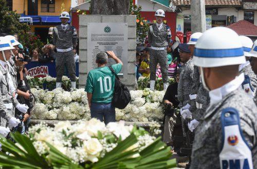 In La Union wurde der Absturzopfer des Fußballklubs Chapecoense gedacht.afp
