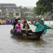 27 Tote durch Tropensturm Damrey in Vietnam