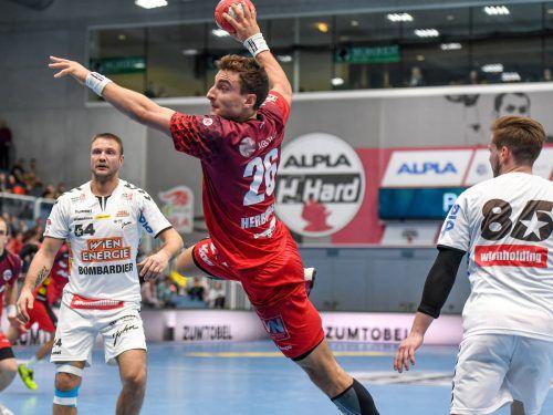 An seinem 23. Geburtstag erhielt Alpla-HC-Hard-Kreisläufer Lukas Herburger die Mitteilung für die Nominierung zur EM 2018 in Kroatien.GEPA