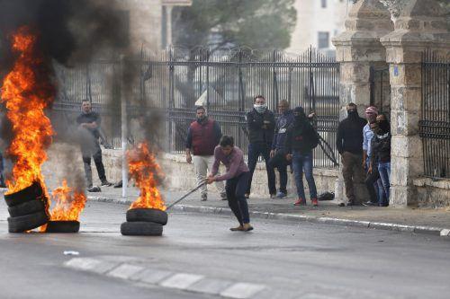 An zahlreichen Orten kam es zu gewaltsamen Protesten. AP
