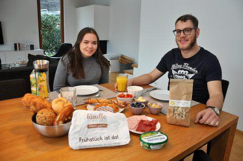 Belinda Konzett aus Dornbirn und ihr Freund Viktor Frühwirth nutzen den Ländle-Express-Service bereits. lcf