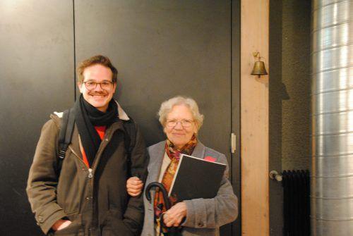 Das Autorenteam Elisabeth Amann (81) und Benjamin Quaderer (28). TaS