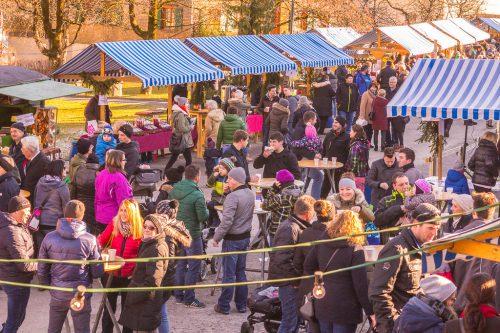 Diesen Samstag findet der Adventmarkt in Vandans statt.sto
