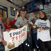 Geldregen beglückt Arbeitergemeinde in Spanien