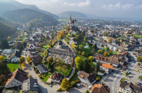 Leer stehendes Gasthaus Kreuz in Rankweil soll nach Eigentümerwechsel nun doch revitalisiert werden. VN/Hartinger