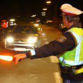 Aktion scharf: Erstmals mehr Führerscheinabnahmen wegen Drogen am Steuer. B1