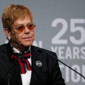 Elton John trauert
