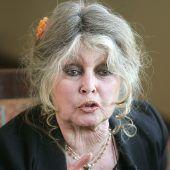 Bardot startet Plakataktion