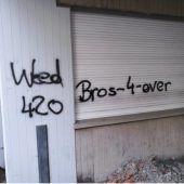 Gebäude in Feldkirch mit Graffiti beschmiert