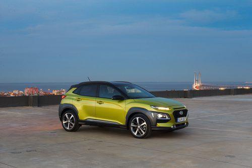 Ganz auf die europäische Klientel zugeschnitten ist auch der neueste Hyundai. Der Kona ist mit Front- oder mit Allradantrieb verfügbar.