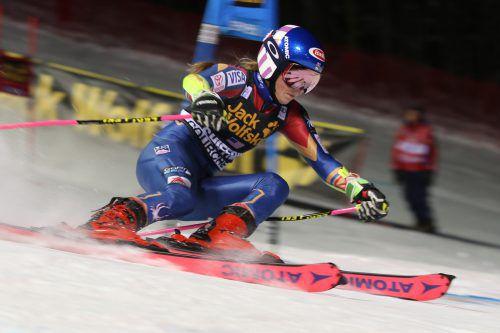 Mikaela Shiffrin konnte in der laufenden Skisaison bereits vier Rennen gewinnen und möchte ihr Punktekonto vor dem Jahreswechsel noch aufstocken.gepa
