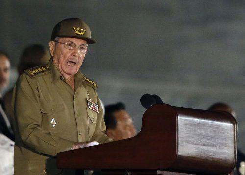 Raúl Castro tritt nicht, wie vorgesehen, im Februar ab, sondern im April. ap
